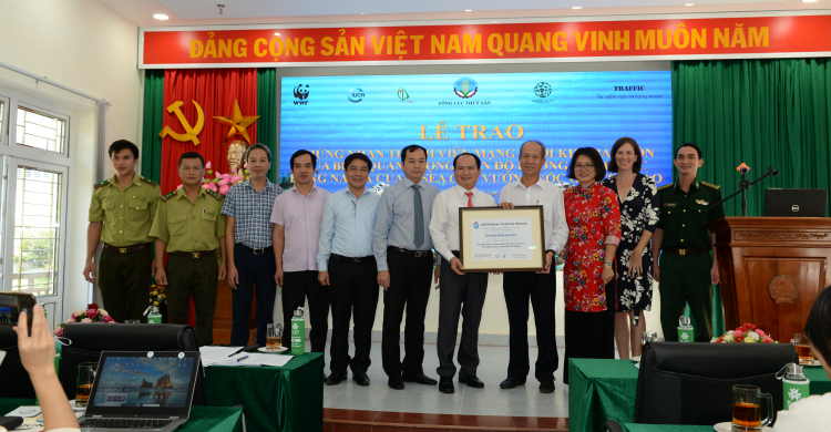 Presentation of Site Network Certificate for Con Dao National Park