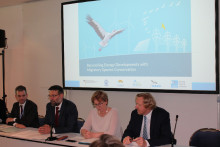 """Panel members at Side Event """"Reconciling Energy Developments with Migratory Species Conservation"""""""