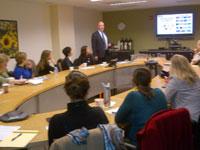 Bert Lenten presenting CMS Marine Activities to US NGOs at UNEP RONA