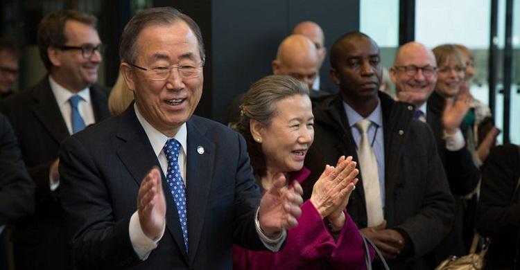UN Secretary-General Ban Ki-moon visits UN Campus in Bonn © UNBonn / Mike Le Gray