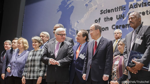 The UN Scientific Advisory Board at its first meeting in Berlin © photothek/Trutschel