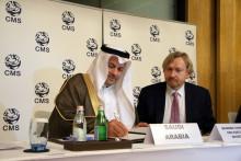 Dr. Hany Tatwany, Vice President of the Saudi Wildlife Authority, signs the Sharks MOU on behalf of the Kingdom of Saudi Arabia; photo credits: Heidrun Frisch-Nwakanma