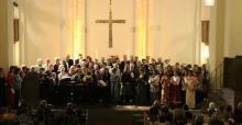 San Rocco Lyric Choir and the Deutsche Welle Choir singing at the Kreuzkirche, Bonn © Luca Bogo