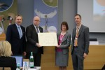 La Commission européenne reçoit le prix de Champion des espèces migratrices © IISD