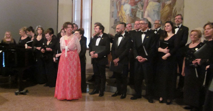The operatic choir, Corale Lirica San Rocco © Robert Vagg