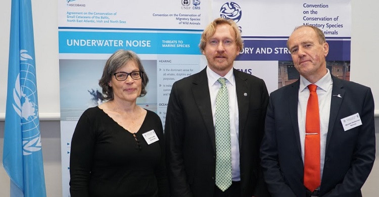 Sigrid Lüber, OceanCare President (left), Bradnee Chambers, Executive Secretary of CMS (center) and  Øystein Størkersen, Chair of CMS Standing Committee during the partnership signature ceremony in Bonn, Germany