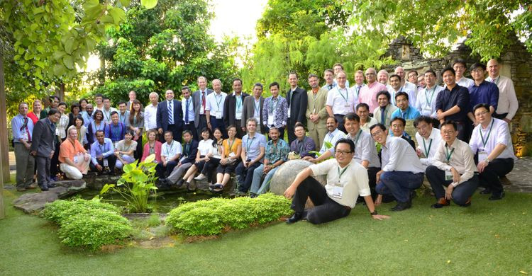 participants in the AMBI meeting