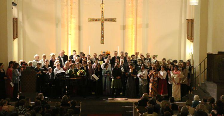 San Rocco Lyric Choir and the Deutsche Welle Choir singing at the Kreuzkirche, Bonn © Luca Bogo